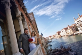A civil wedding in Venice is an actual dream come true!